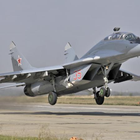 MiG-29UB_High-Res